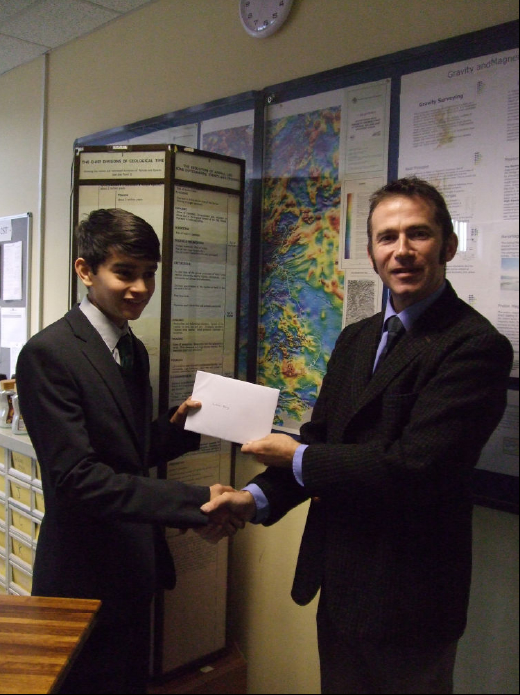 MGA Geology Prize presented to Louis Day